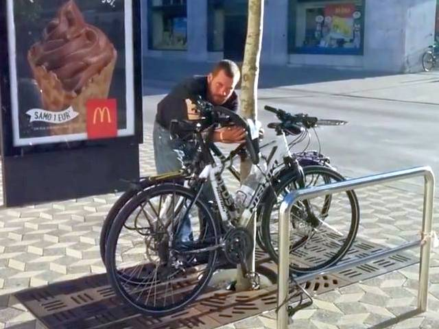 Real Bike Thief